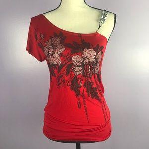 USA Topaz Medium Red Top Shoulder Embellishment